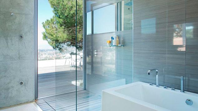 Como limpar box de banheiro janelas de vidro espelho e vidros em geral g - Dimension ideale douche italienne ...